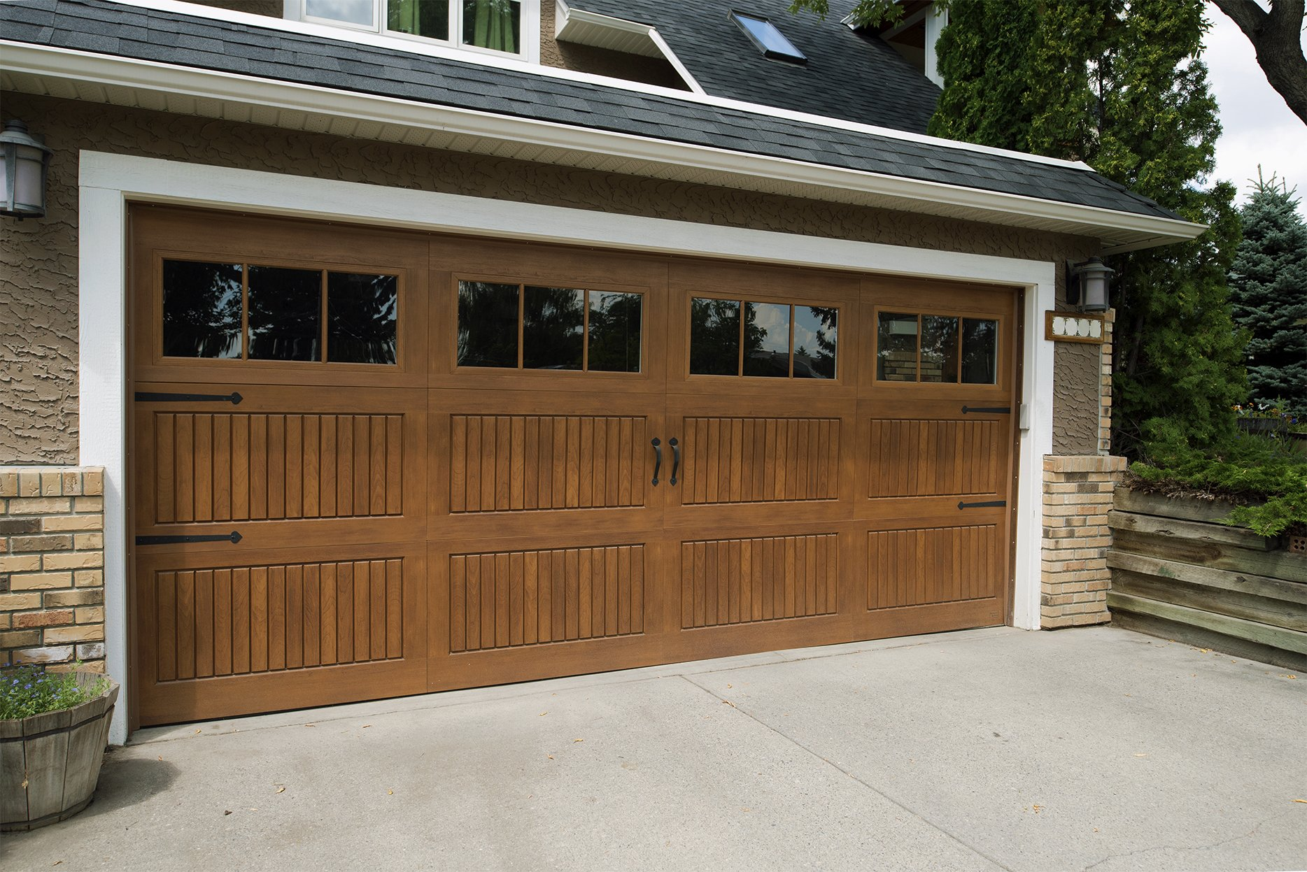 The right garage door has a great impact on the curb appeal of your home. Whether itu0027s a steel or aluminum garage door for your home or a sectional or ... & Garage Doors | Hamshaw Lumber u0026 Ace Hardware