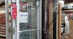 Display of Larson storm doors