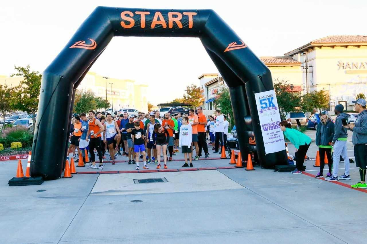 Lakeside DFW hosts 5K event thumbnail