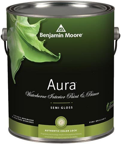 Benjamin Moore® Aura® waterborne interior paint & primer