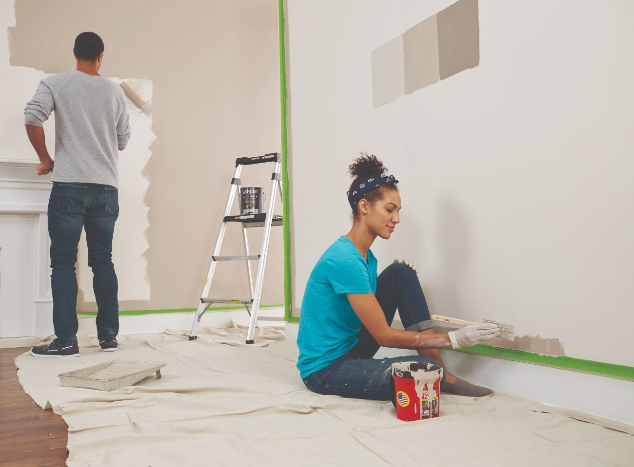 man and woman couple painting walls with Lifestyle_Paint
