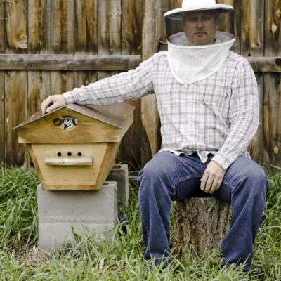 Creating sustainability through building hives thumbnail