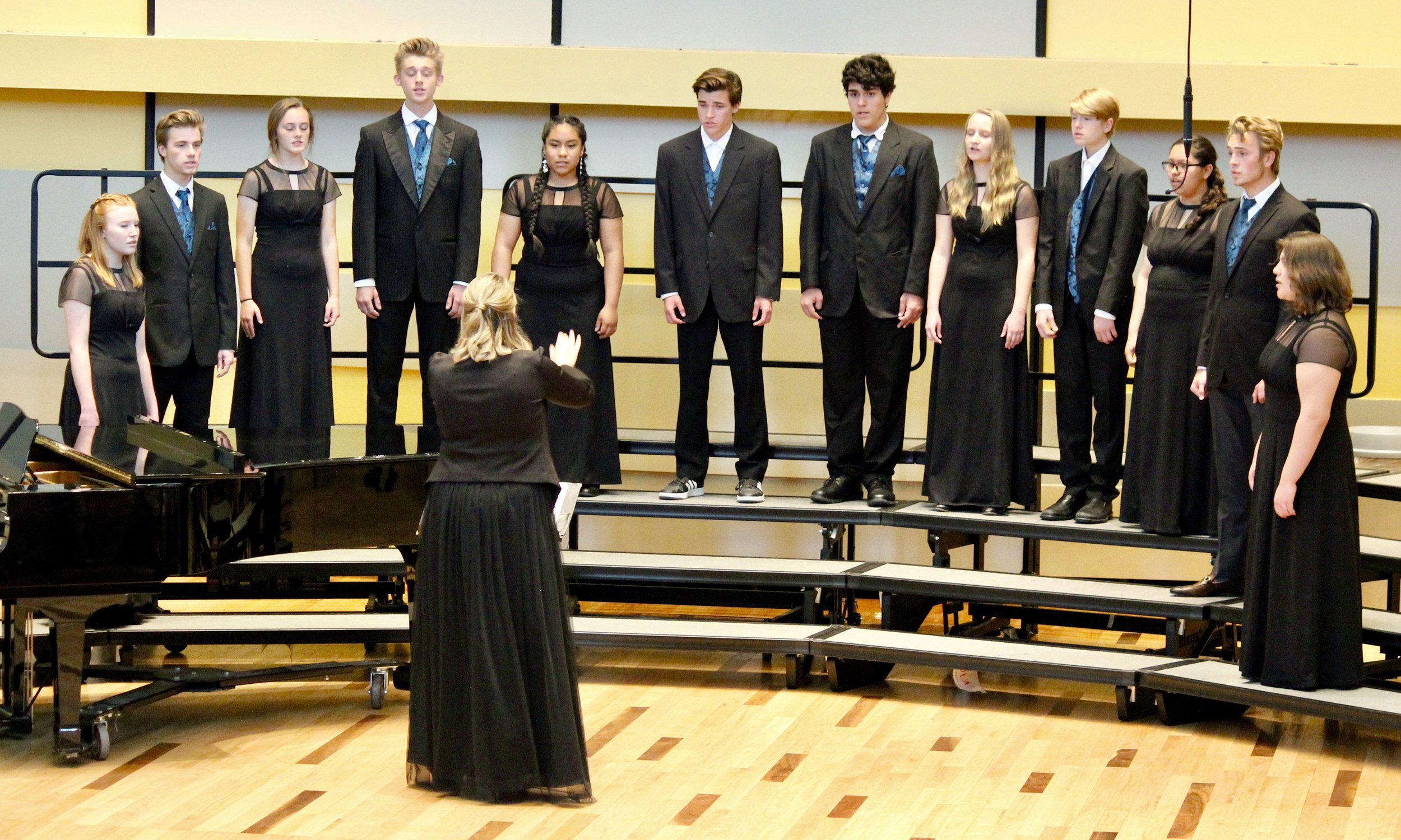 RFHS Chamber Choir to take the top stage thumbnail