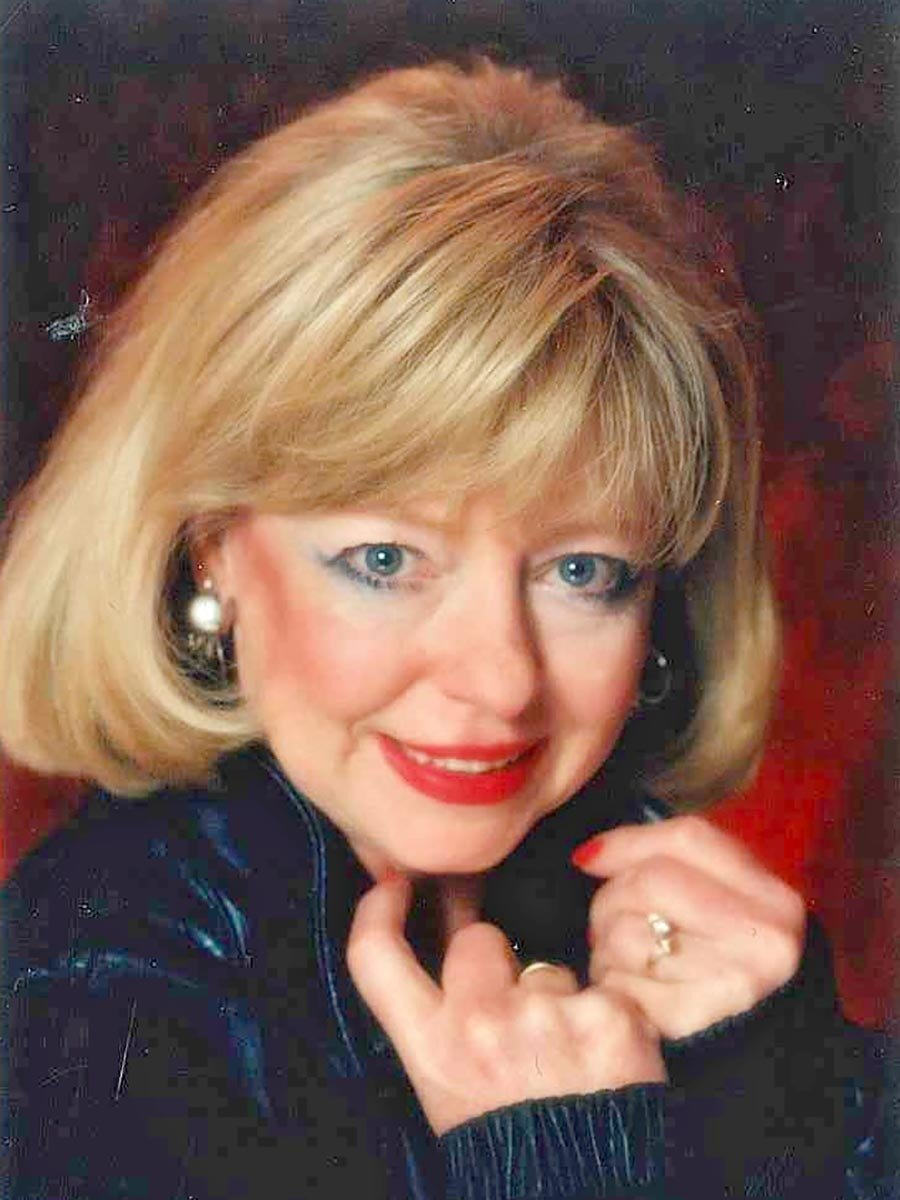 Obituary: Mary L. Davis thumbnail