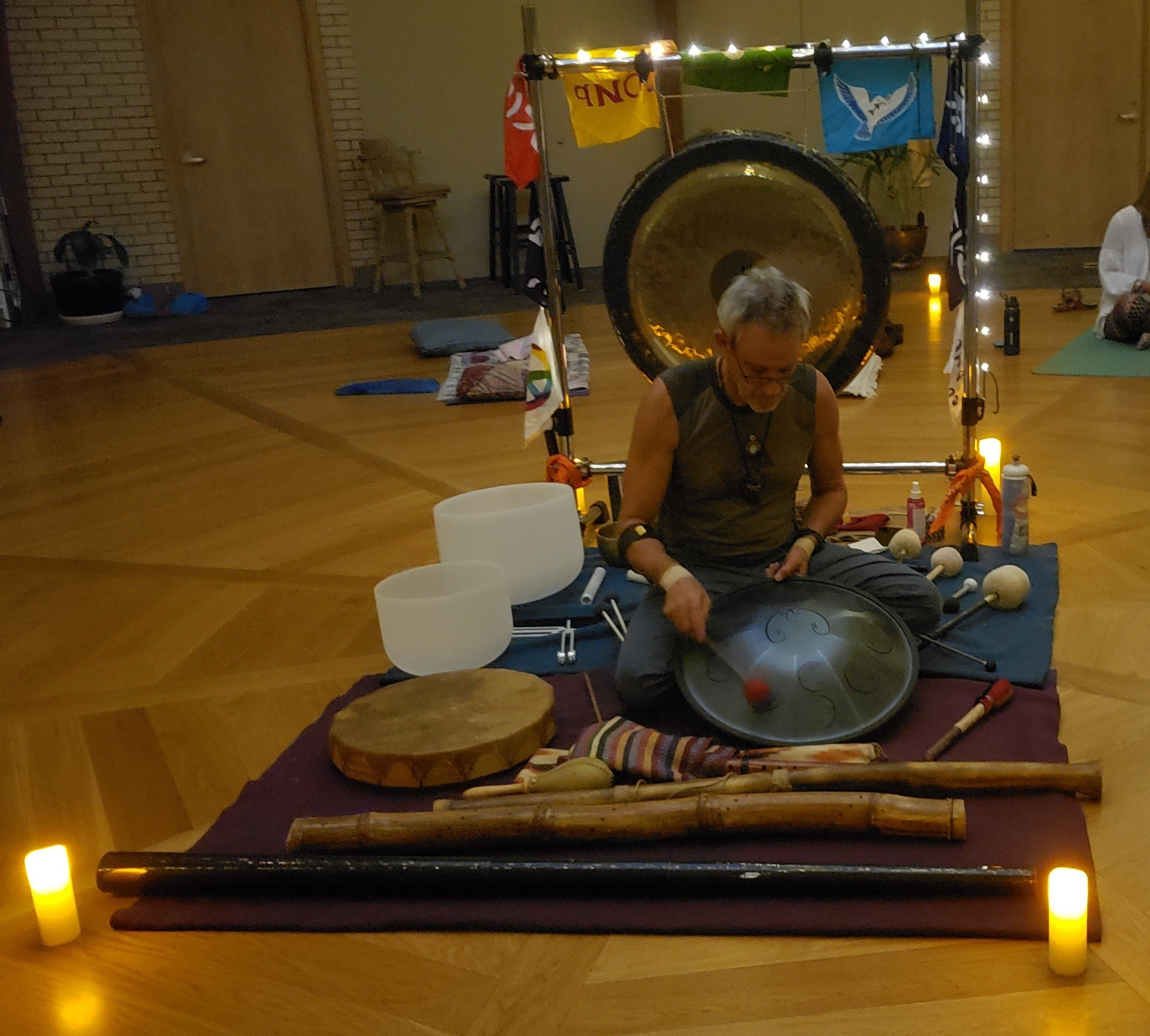 A Sound Healing Journey – Grounding in the Present Moment thumbnail