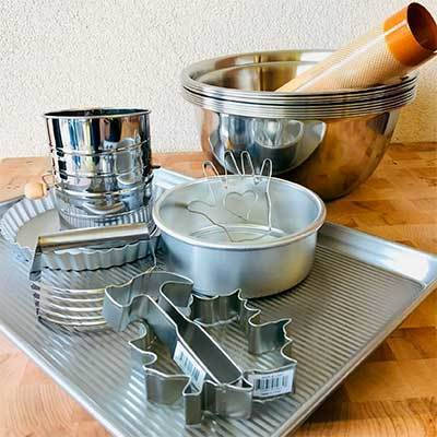 Bakeware | Cake Decorating Supplies thumbnail
