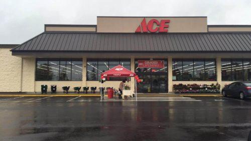 Parkland WA Northwest Ace Hardware Storefront