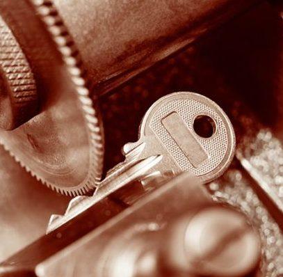 Home, Auto & Vehicle Chip Key Cutting thumbnail