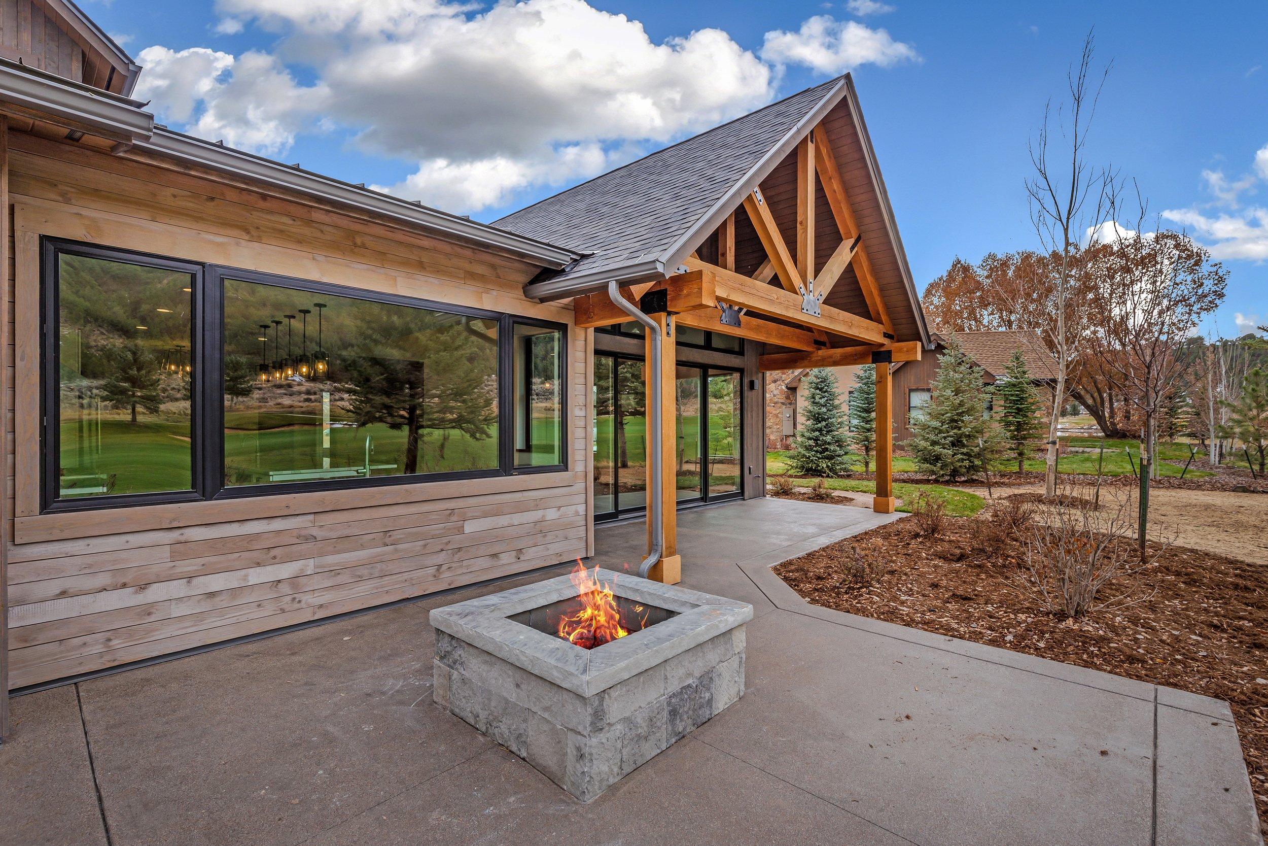 Four Perks of Building a Custom Home on the Western Slope thumbnail