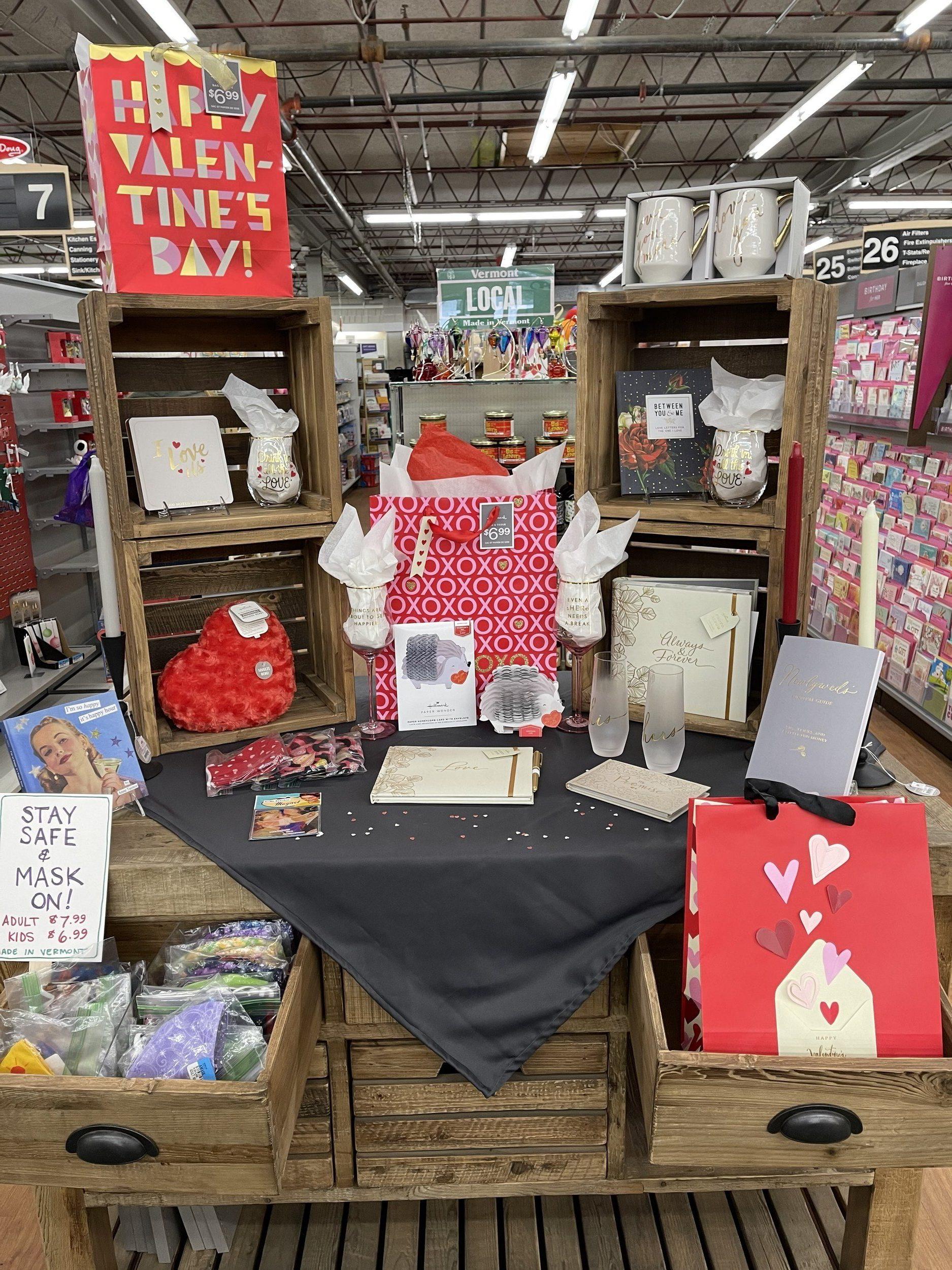 hallmark-gifts-Valentine's-Day-display