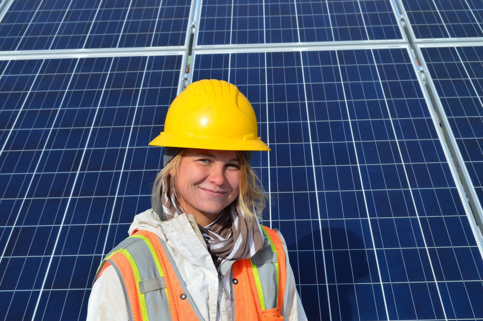 Sunsense Spotlight: Courtney Kunkleman, Solar Installer and All Around Badass thumbnail