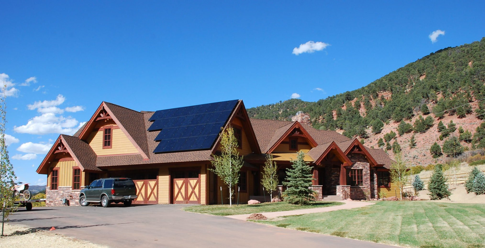 Solar Energy 101 – Top 3 Benefits of Going Solar! thumbnail
