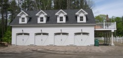 Garage in Candia