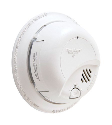 First Alert® Hard-Wired Smoke Alarm with Battery Backup thumbnail